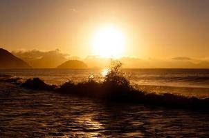 lever du soleil à la plage de copacabana