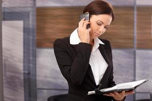 femme affaires, mobilephone photo