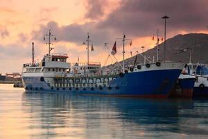 navires dans le port du Pirée, Athènes.