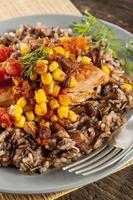 poulet du sud-ouest avec du riz et du maïs
