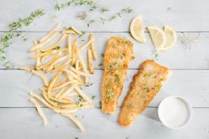vue de dessus fish and chips
