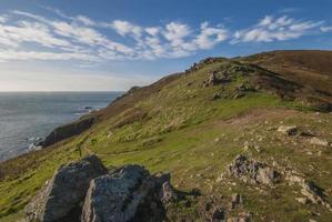 sentier côtier sur une falaise photo