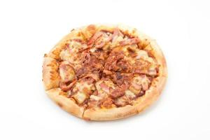 pizza hawaïenne isolée sur fond blanc