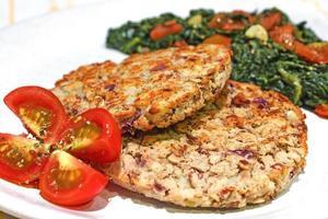 burger de haricots végétariens rôtis photo