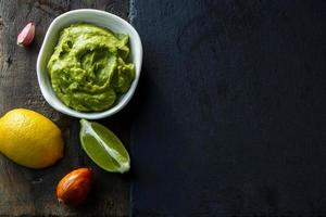 guacamole photo