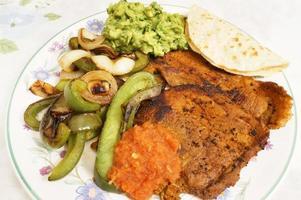 dîner adobo au porc mexicain photo