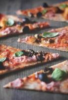 tranches de pizza photo