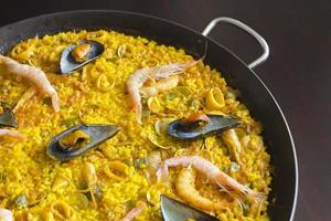 Paella au fruits de mer photo