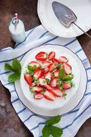gâteau aux fraises photo