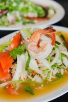 salade de crevettes épicées