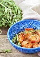 crevettes à la sauce tomate et ail