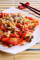 légumes dans un style asiatique