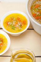 soupe de bouillon d'orge de Syrie style alep photo