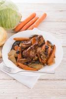 poulet grillé aux légumes photo