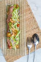 salade épicée de concombre haché