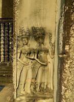élégantes fresques et bas-reliefs de photo