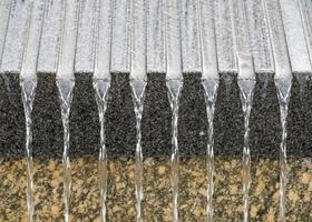Détail de la cascade artificielle, à atlanta, usa photo