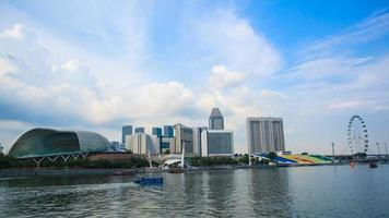 théâtres de l'esplanade de singapour sur la baie de la marina photo
