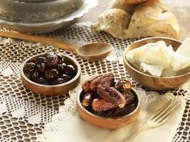 nourriture ramazan, soupe et pied photo
