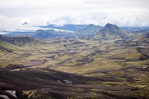paysage volcanique - landmannalaugar, islande photo