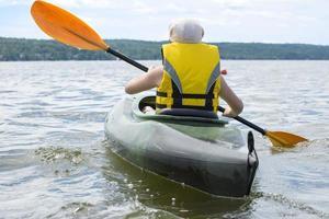 jeune fille, kayak photo