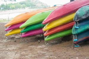 kayaks colorés photo