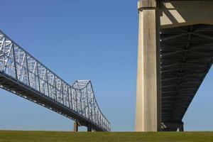 Pont de connexion de croissant de ville à la Nouvelle-Orléans, Louisiane photo
