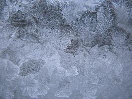 fenêtre d'hiver gelée
