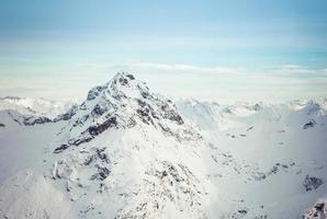 montagnes de l'Alaska en hiver photo