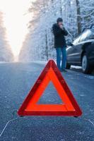 conduite en hiver - panne de voiture photo