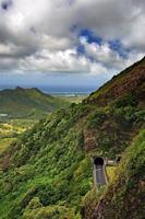 nuuanu pali state park, o'ahu, hawaï photo