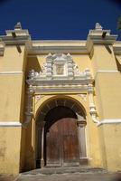 église à antigua, guatemala photo