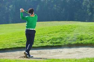 joueur de golf mettant photo