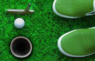 balle de golf sur vert photo