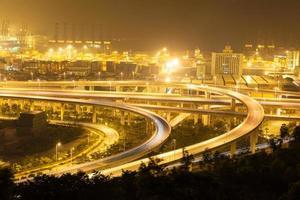 Chine shenzhen, viaduc du port de yantian photo