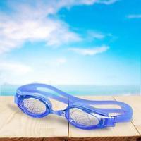 lunettes de natation, bleu, isolé