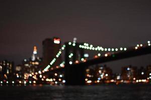 lumières brouillées de la ville de new york photo