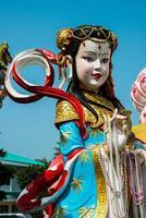 statue d'angle de porcelaine