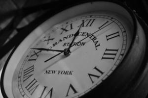 horloge écrite de la grande gare centrale photo