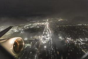 décollage de la nuit orageuse photo