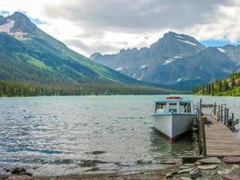 Lac mcdonald dans le glacier montana