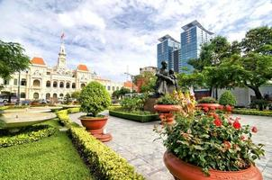 hôtel de ville de ho chi minh, saigon, vietnam