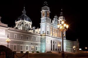 cathédrale almudena