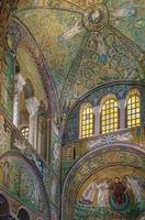 basilique de san vitale, ravenne, italie photo