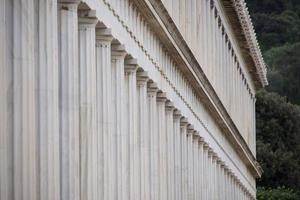 extérieur de marbre stoa de colonnade attalos
