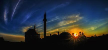 coucher de soleil dans les sites historiques photo