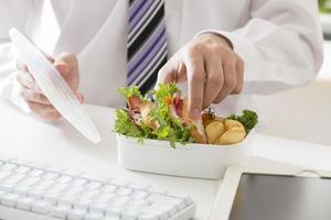 déjeuner au bureau photo