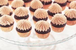 gros plan de petits gâteaux photo