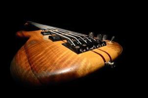 guitare basse bouchent photo