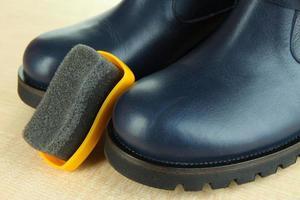 cirage de chaussures bouchent photo